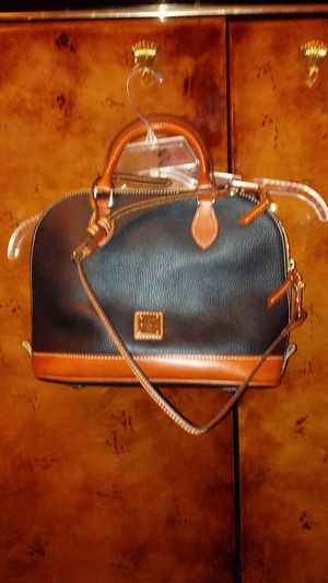 Dooney and burke purse for Sale in Kingsport, TN