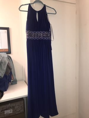Size 6 formal dress perfect for weddings or prom! for Sale in San Diego, CA