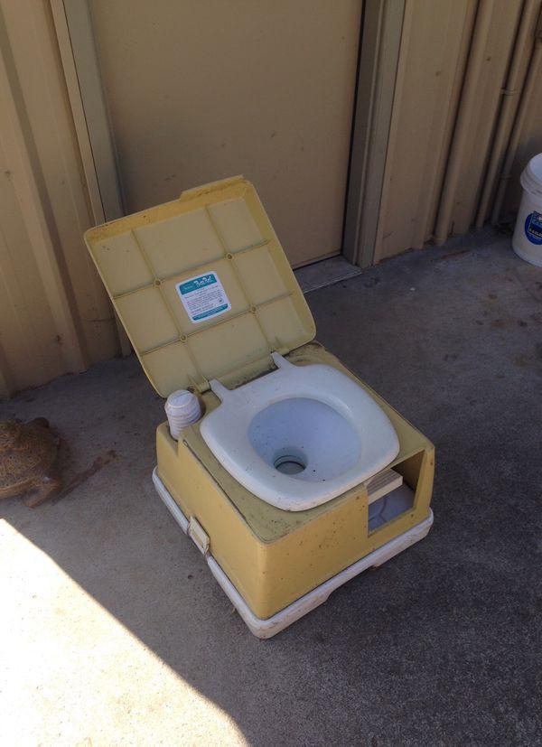 Camping porta potty