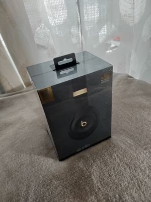 Beats Studio3 *Skyline Collection* NEW IN BOX for Sale in Deerfield Beach, FL