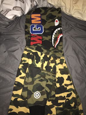 Bape Shark Hoodie 225$ obo nothing under 200 for Sale in Tempe, AZ