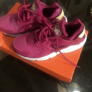 Nike Huaraches for Sale in Phoenix, AZ