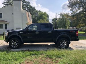 2007 Ford F150 SuperCrew Cab FX4 Pickup 4D 5 1/2 ft for Sale in Chesapeake, VA