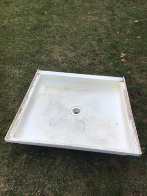 Standing shower tub for Sale in Blacklick, OH