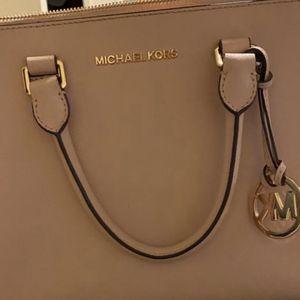Mk Purse for Sale in South Gate, CA
