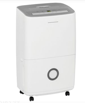 Frigidaire 30 Pint Dehumidifier for Sale in Los Angeles, CA