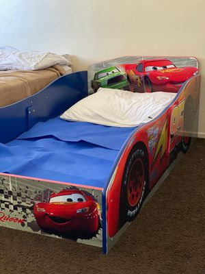 McQueen toddler bed! for Sale in Los Angeles, CA