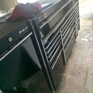 Snap-On Tool box with Power Cab KRL1033BC WITH KRL1099PC for Sale in Miami, FL