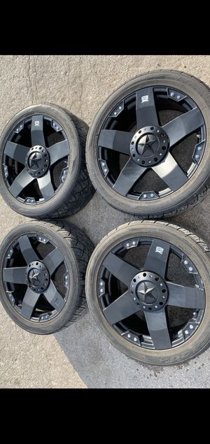 "22"" XD Rockstar Rims and Nitto tireS with good tread! 6 Lug Universal Bolt pattern will Fit Ford F150 , Chevy Silverado, GMC Sierra , Toyota Tacoma / for Sale in Dallas, TX"