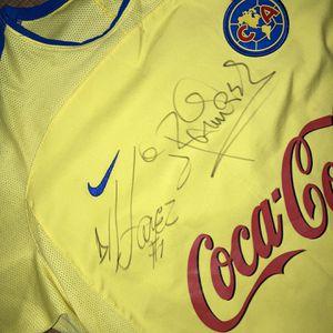 Club America Jersey Original Y Autografíada Por Adrián Chávez for Sale in Santa Ana, CA