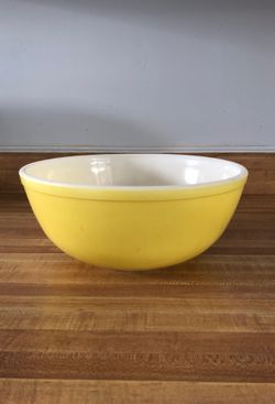 PYREX•4 qt nesting bowl for Sale in Bakersfield,  CA