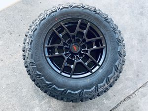 """17"""" Trd style rims and mud tires 6 lug Toyota Chevy gmc for Sale in Modesto, CA"""