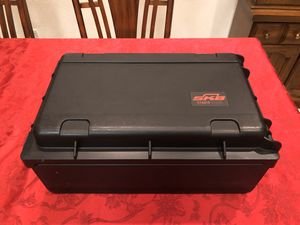 SKB - 2U Studio Flyer Laptop Rack Case for Sale in Fresno, CA