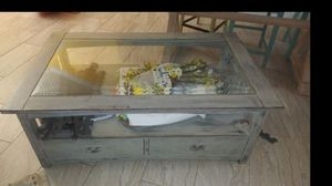 Rustic Shabby chic coffee table for Sale in Apopka, FL