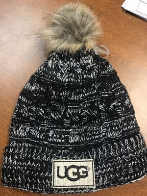 Ugg hat brand new never worn. One size fits all. for Sale in Deerfield Beach, FL