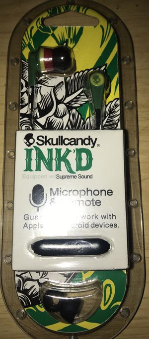Skull Candy with microphone for Sale in Sylmar, CA