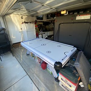 Air Hockey Table for Sale in Chino Hills, CA