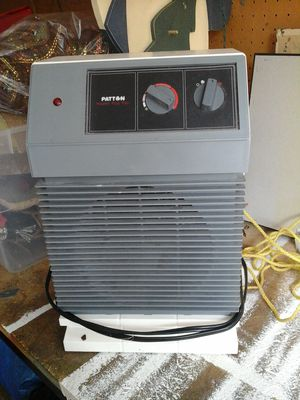Small heater for Sale in Lakeside, AZ
