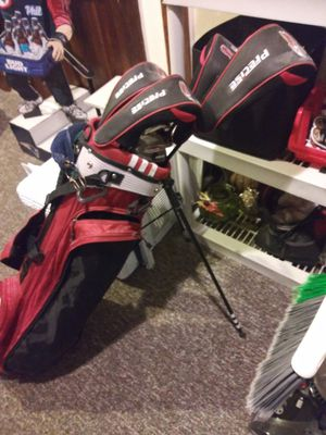 Left hand golf clubs for Sale in Everett, MA
