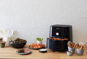 Instant Pot 6qt Vortex Air Fryer - Black for Sale in Salinas, CA