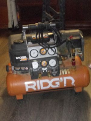 Ridged air compressor for Sale in Lakewood, CO