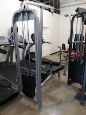 Lat pull down machine selling cheap and firm 450 for Sale in Austin, TX