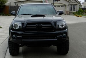 Very Clean 4WD 2007 Toyota Tacoma GOODDD TRACTION for Sale in Virginia Beach, VA