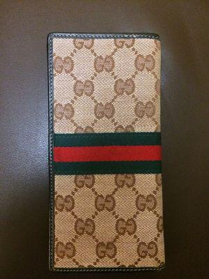 Gucci wallet for Sale in Costa Mesa, CA