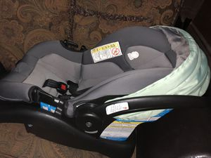 Carseat safety first for Sale in Nuevo Laredo, MX