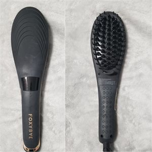HAIR STRAIGHTENING BRUSH | FOXY BAE for Sale in Tampa, FL