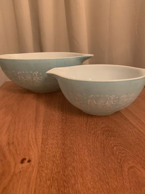 Vintage Pyrex Amish Butter Design mixing bowls for Sale in Rio Vista, CA