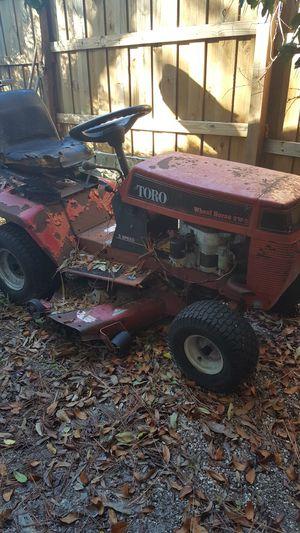 "Lawn tractor Toro Wheel Horse 32"" for Sale in Largo, FL"
