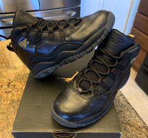 NEW KIDS JORDAN RETRO 10 X NYC SIZE 13C SHOES 2016 for Sale in Lewis Center, OH