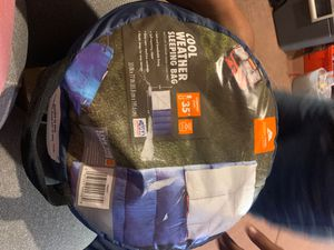 Cool weather sleeping bag for Sale in Fontana, CA