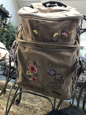 MUZEE BACK PACK for Sale in Stockton, CA