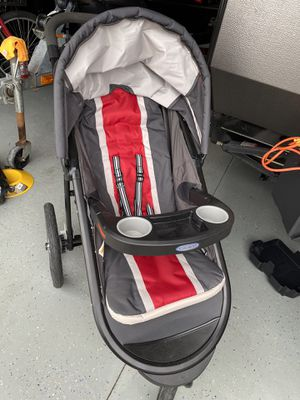 Graco click connect jogger stroller for Sale in Clermont, FL