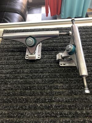Charger Gullwing 180 Skateboard Truck brand new for Sale in Anaheim, CA