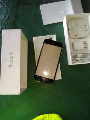 iPhone 6 32 GB for Sale in Nashville, TN