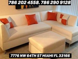 New white leather sectional couch for sale for Sale in Miami, FL