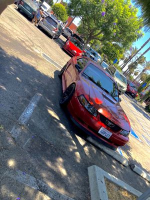 2000 mustang for Sale in Compton, CA