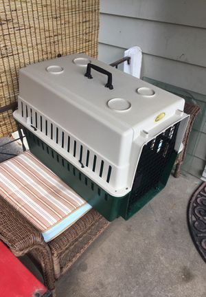 Dog crate for medium dog for Sale in Mechanicsburg, PA