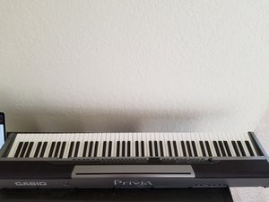 Casio Privia PX-320 88 key weighted piano for Sale in Seattle, WA