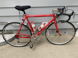 Cannondale road bike for Sale in Munroe Falls, OH