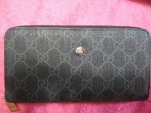 Black Gucci wallet for Sale in Denver, CO
