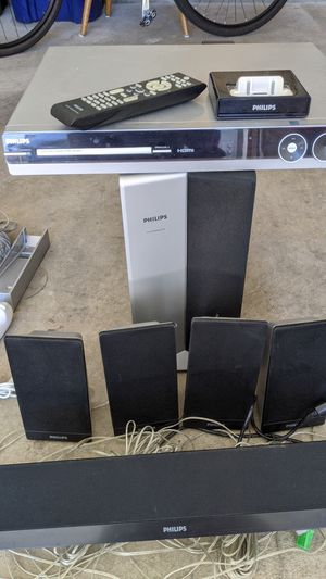 Philips stereo system with iPod dock. for Sale in Columbus, OH