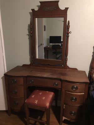 3-Piece Antique Bedroom Set for Sale in Denver, CO