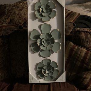 Metal Flower Wall Decor for Sale in Quantico, VA