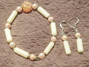 White and pink bling bracelet and earring set for Sale in Philadelphia, PA