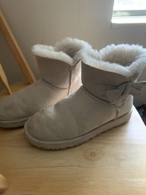 Women's UGG Bailey bow boots for Sale in Murfreesboro, TN