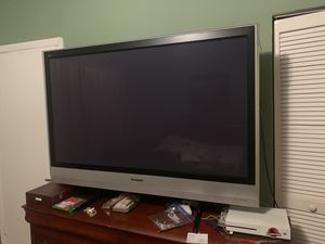 Tv 60' Panasonic for Sale in North Bay Village, FL